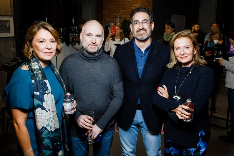 Лекция «Коллекционирования тиражного искусства» с Валерией Роднянской и Антонио Джеуза в гостиной Fragment art club х Hutton